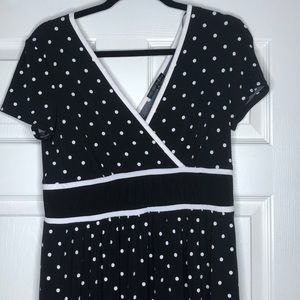 Sandra Darren Dress SZ 10 Black & White Polka Dot